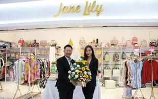 เอ็ม บี เค เซ็นเตอร์ แสดงความยินดีเปิดร้าน Jane Lily กระเป๋าเสื้อผ้าแฟชั่นเอาใจเหล่าแฟชั่นนิสต้า